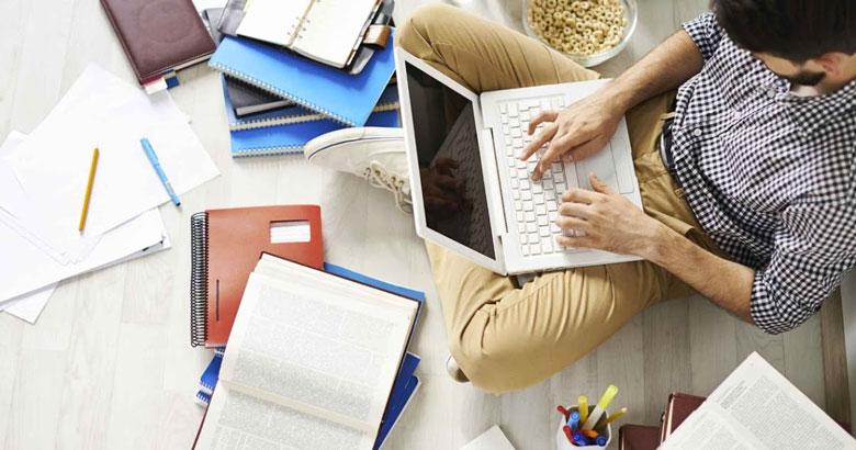 Estudios Online: Por qué estudiar en línea es más beneficioso | AAU |  Universidad a Distancia